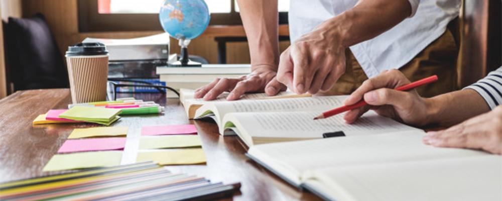 چگونه انگیزه خود را برای یادگیری زبان انگلیسی افزایش دهیم؟